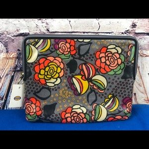 NWT Fossil iPad tablet cover floral